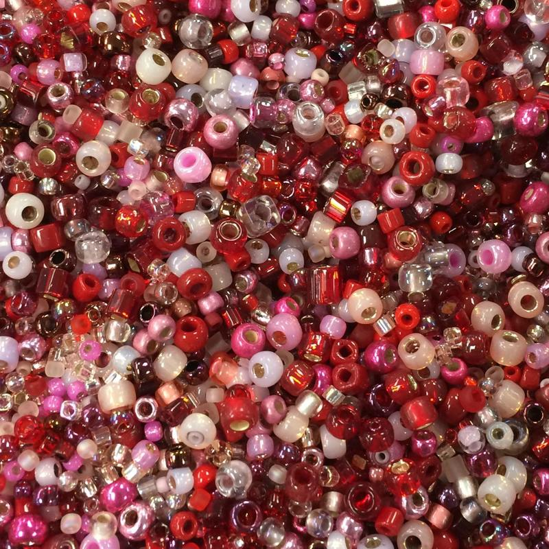 SBTSOUPR Toho Bead Soup Red & Pink 10grams